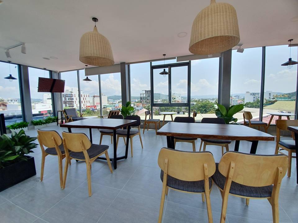 khong-gian-mo-HD-coffee-house-phu-quoc