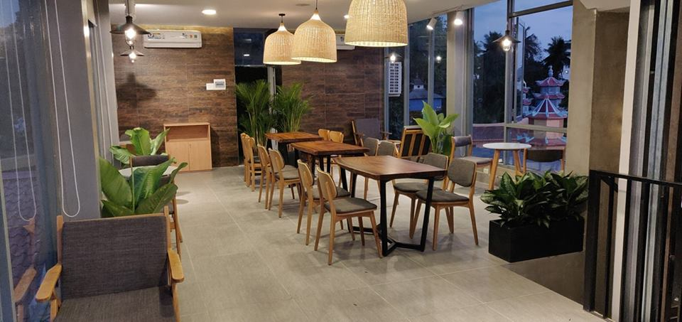 khong-gian-noi-that-ben-trong-HD-coffee-house-phu-quoc (4)