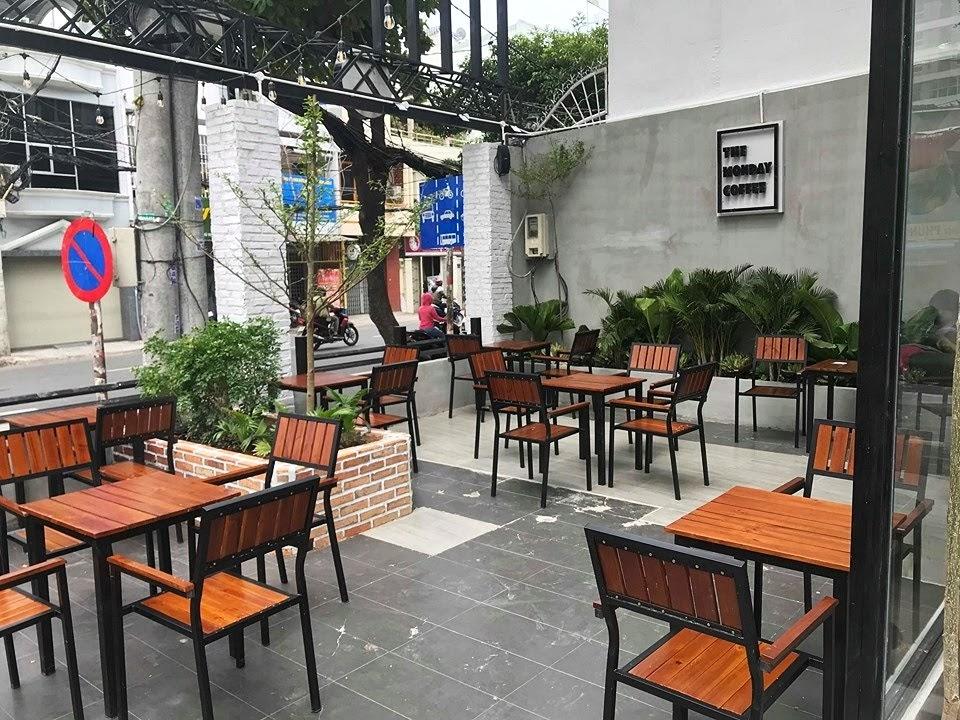 bo-ban-ghe-cafe-ngoai-troi-the-monday-coffee (1)