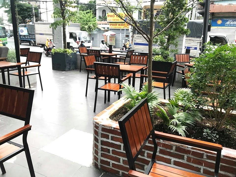 bo-ban-ghe-cafe-ngoai-troi-the-monday-coffee (4)